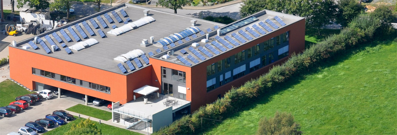 Aerial view of the building of Kuttig Electronic